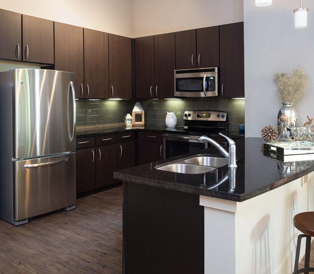 Chef Kitchen Appliances: Apartments Near 77098 In Houston, TX