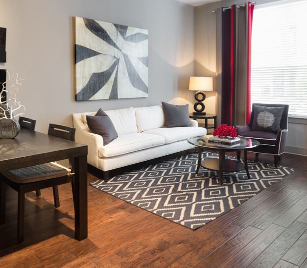 The Icon at Ross features hardwood floors - Apartments in Deep Ellum