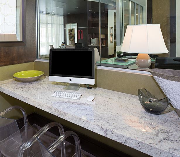 Business Center With IMacs, PCs And Printer
