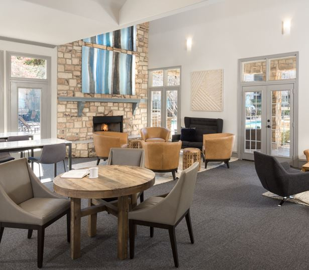 Villas at Stonebridge Ranch resident lounge - Apartments near Allen, TX