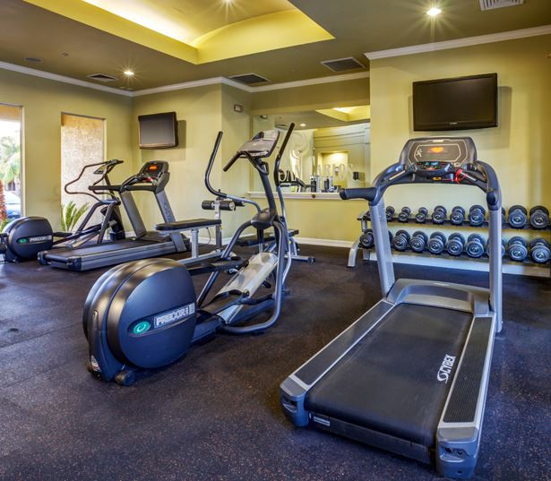 Old Town Scottsdale apartments near Air Park and TCP Golf Course - San Carlos Fitness Center