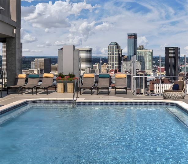 SkyHouse Nashville Apartments for rent - Nashville, TN - pool