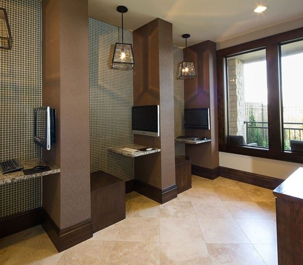 Woodcliff Apartments: Grapevine TX Apartments For Rent