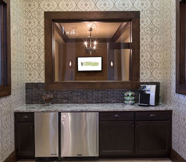 StoneLedge Apartments - Cyber Cafe and coffee bar - Grapevine Lake Apartments