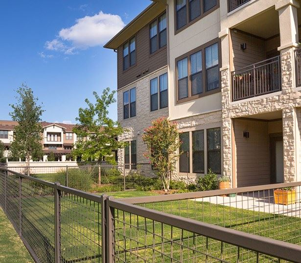 StoneLedge Apartments - Private yards and dog run - Keller, TX Apartments
