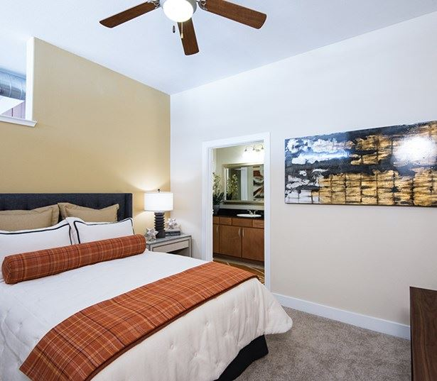 Golden Triangle apartments for rent in Denver - The Boulevard Apartments Bedroom