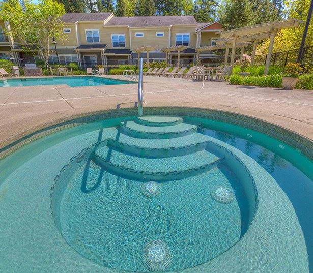 Union Hill apartments for rent in Redmond - The Lodge at Redmond Ridge year round outdoor spa