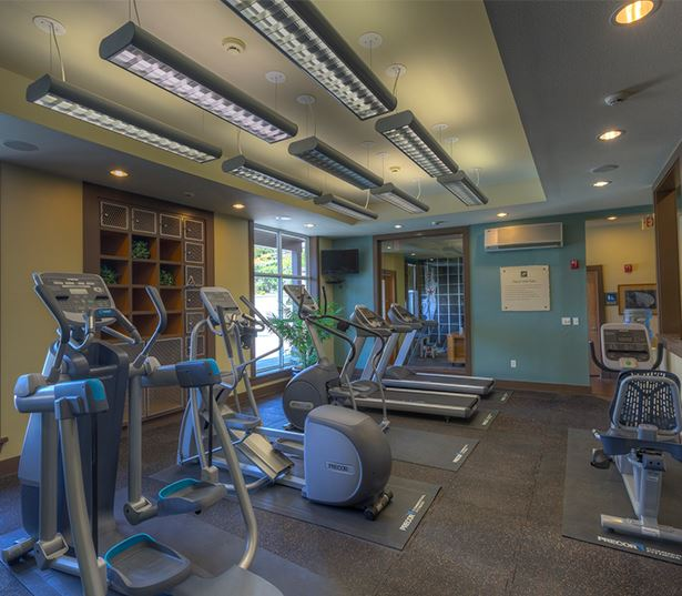 Issaquah Highlands apartments near Microsoft - The Timbers at Issaquah Ridge fitness center