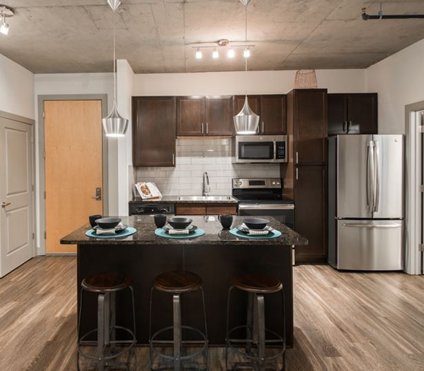 TwentyOne01 on Market Apartments - kitchen - Apartments in Ballpark Denver, CO