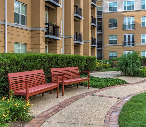 Mclean apartments for rent in VA - The Reserve at Tysons Corner Garden courtyards