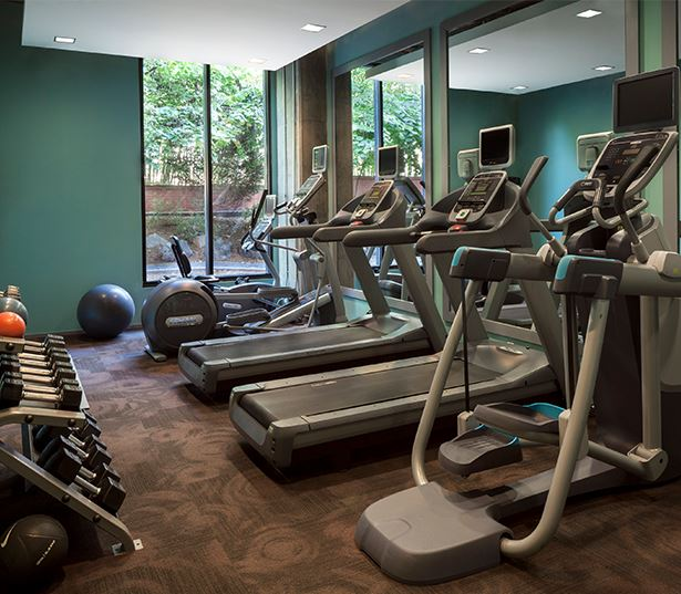 Zoso Flats - 24 hour fitness center - Clarendon Apartments in Arlington, VA