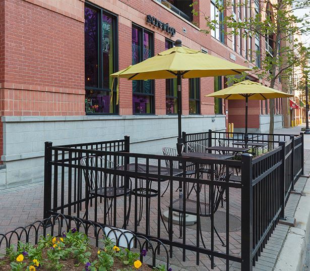 Zoso Flats - Screwtop Wine Bar - Arlington VA Rentals