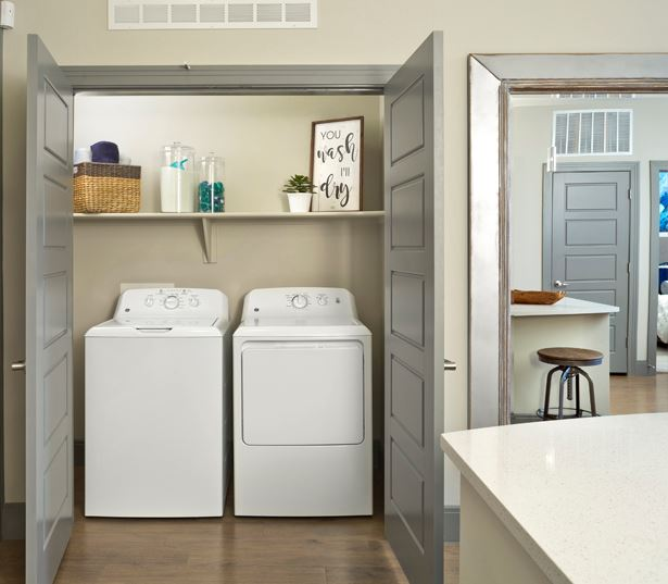 Apartments phoenix az - District at Biltmore washer and dryer