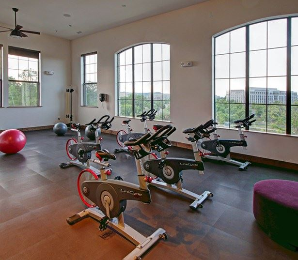 Berry Hills apartments near Vanderbilt Health Center - Cadence Cool Springs yoga/spin fitness studio
