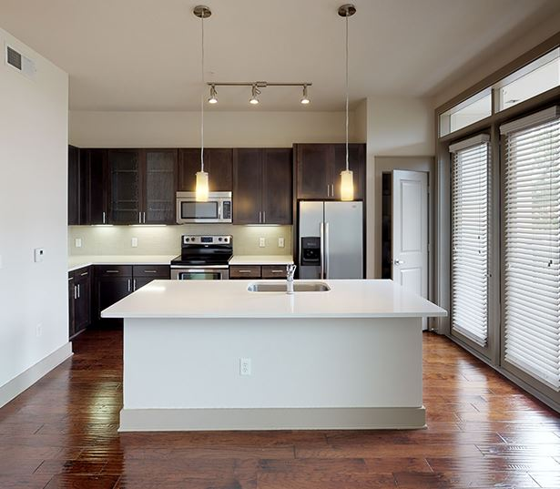 The Icon at Ross Uptown Dallas Apartments - 11F2 Floor Plan Virtual Tour