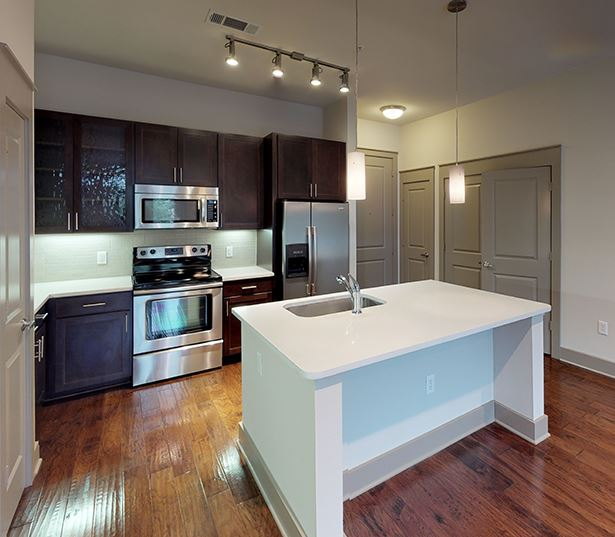 Dallas Arts District Apartments - The Icon at Ross - 11F7 Floor Plan Virtual Tour
