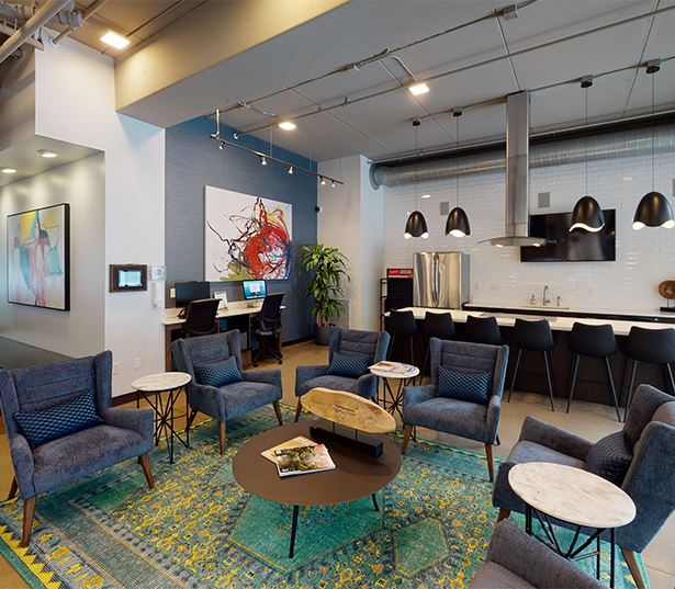 Minneapolis, MN Apartments in Uptown | Flux Apartments | Lobby