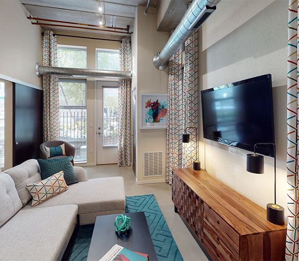 Minneapolis, MN Apartments in Uptown | Flux Apartments | Flux Model