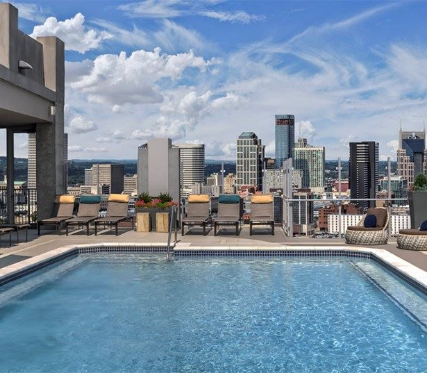 SkyHouse Nashville rooftop pool virtual tour Nashville TN - Midtown Downtown