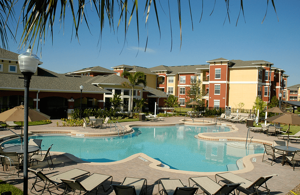 Reserve At Beachline Swimming pool Orlando FL - Medical City