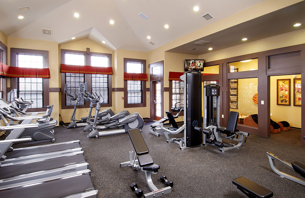 The Sanctuary At Tallyn's Reach Fitness Center & Exercise Room Aurora CO - Southlands