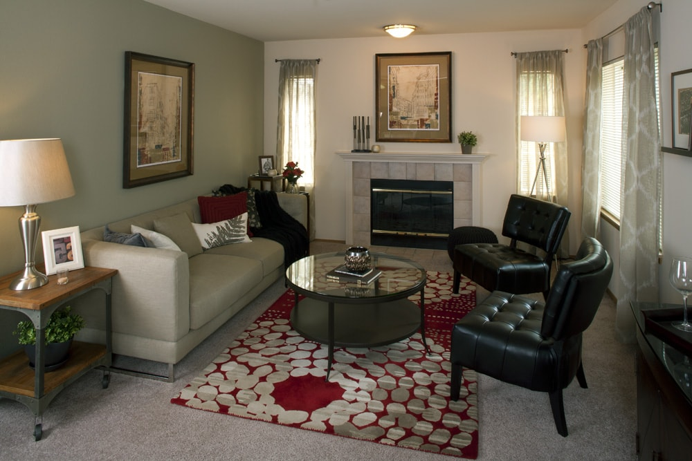 Renton apartments near boeing benson downs home for Rent a center living room groups
