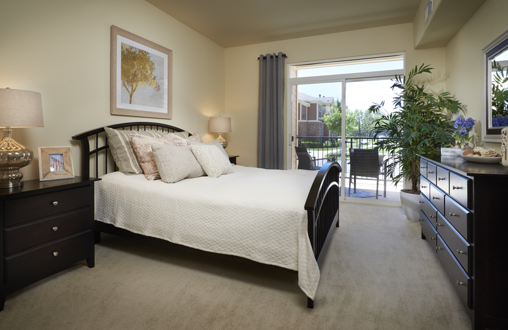 Madison Park Spacious Bedroom - Apartments for Rent in Thornton, CO