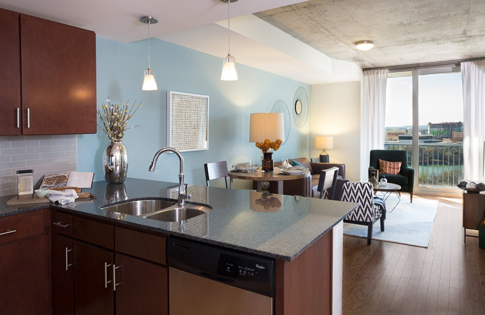 Apartments For Rent In Austin SkyHouse Austin Downtown