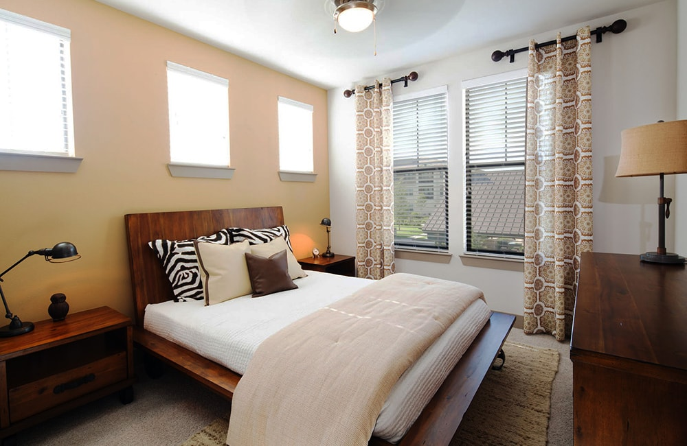 StoneLedge Apartments - Spacious bedroom - Coppell Apartments