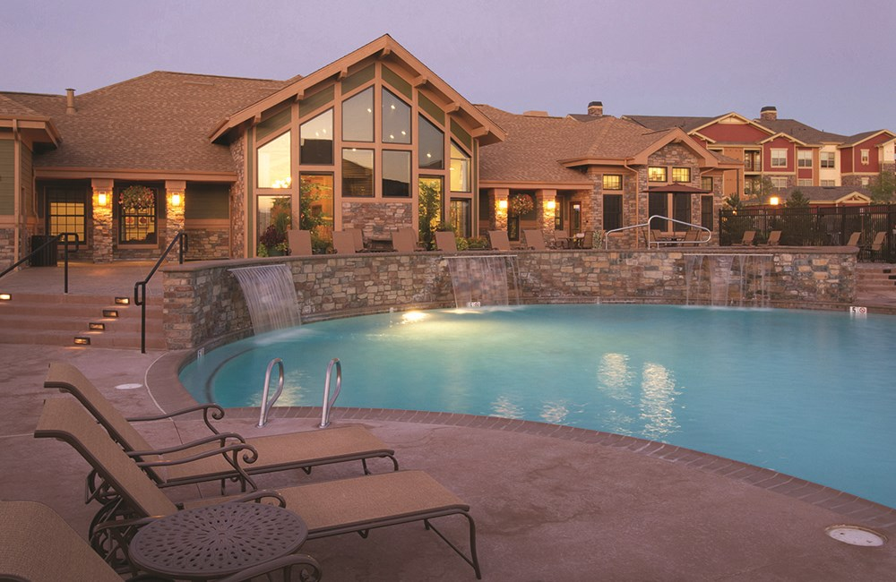 Outdoor Resort Style Pool at The Sanctuary at Tallyn's Reach in Aurora, CO