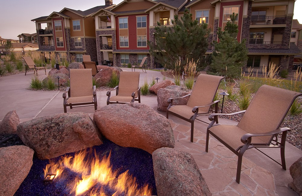 Outdoor Fire Pit at The Sanctuary at Tallyn's Reach in Aurora, CO