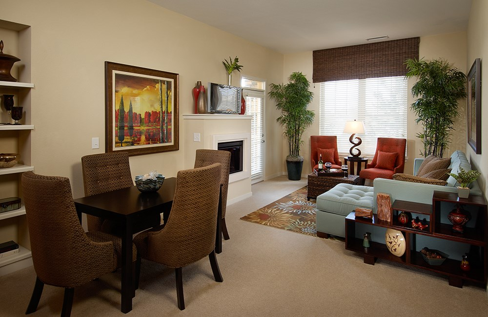 Spacious Living Room at The Sanctuary at Tallyn's Reach