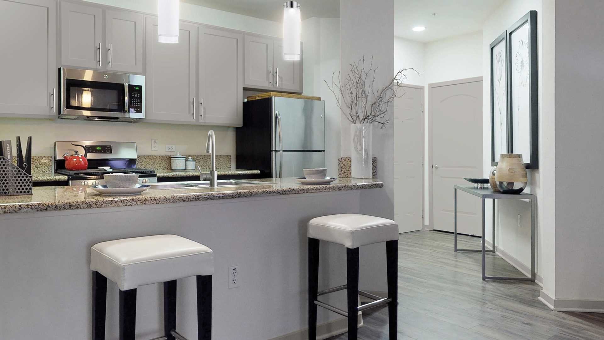 Outstanding Mission Valley Apartments In San Diego Ca Mira Bella Complete Home Design Collection Barbaintelli Responsecom