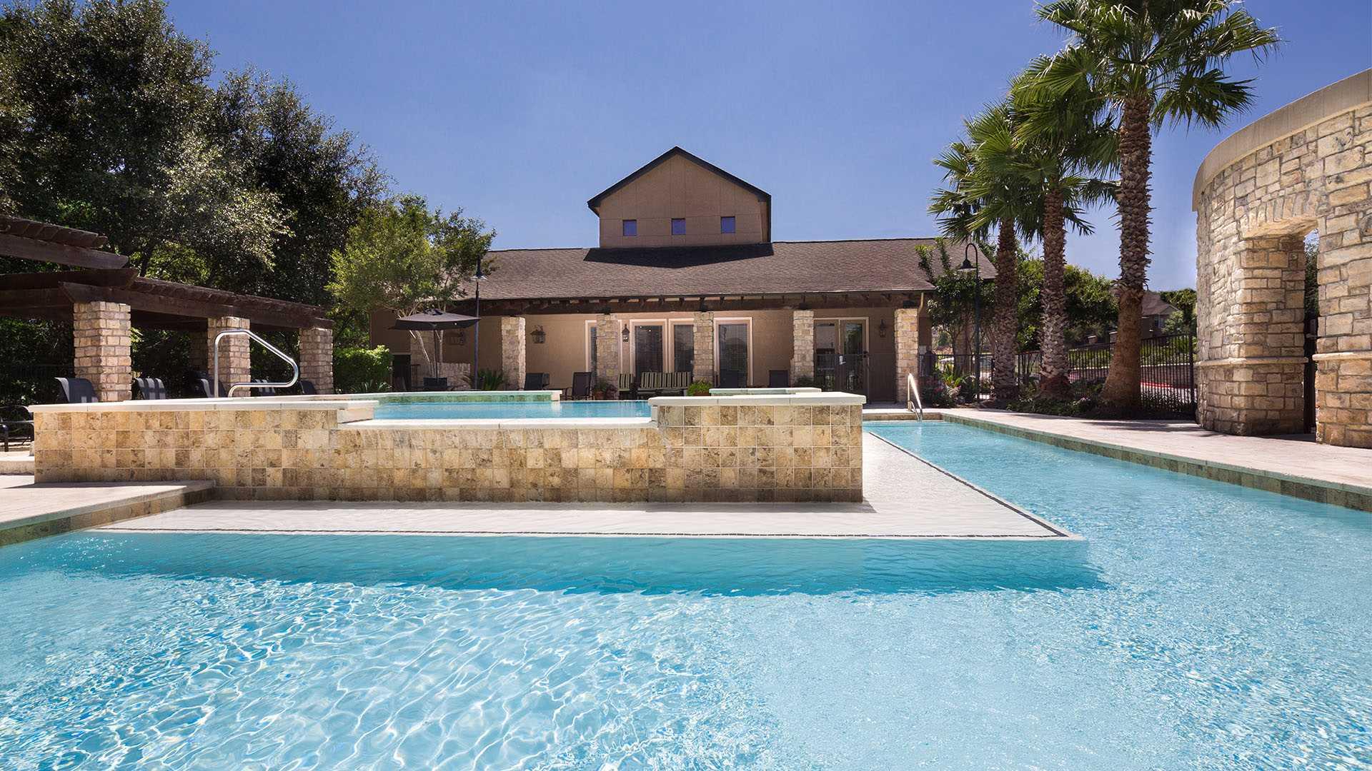 South Austin Apartments | Austin, TX | Ridgeview