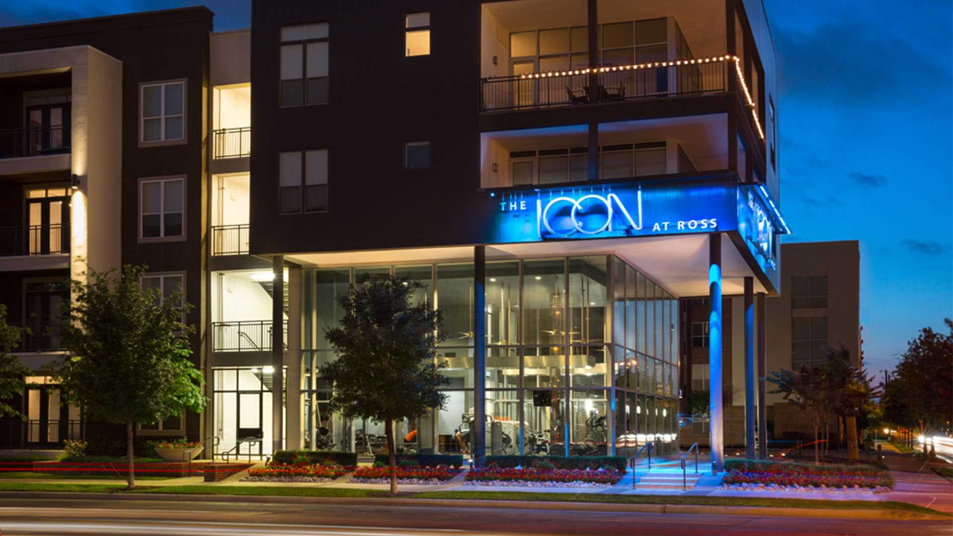 Uptown Dallas Apartments | The Icon At Ross | Dallas, TX